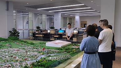 谷川联行陪同成都市某园区接洽智能制造、高新技术等项目